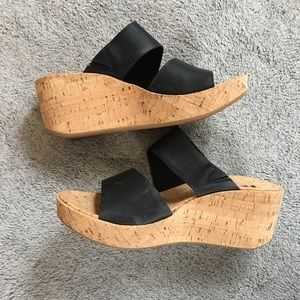 Korks Black Cork Wedge Leather Heel